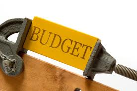 tight budget, cheap removals, moving on budget, moving expenses, cut down expenses